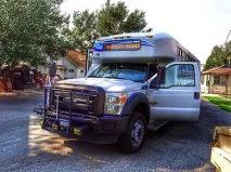 Esta bus to Lee Vining