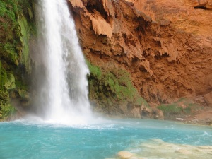 Close up of Havasu Fall drop pool