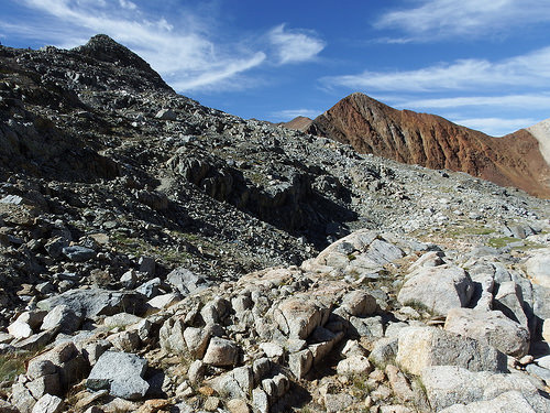 Rocky terrain of Pinchott Pass area