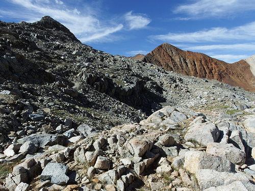 Rocky terrain of Pinchott Pass area