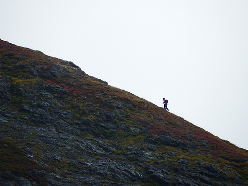 Hiker making his way up the last 400 feet to the south summit
